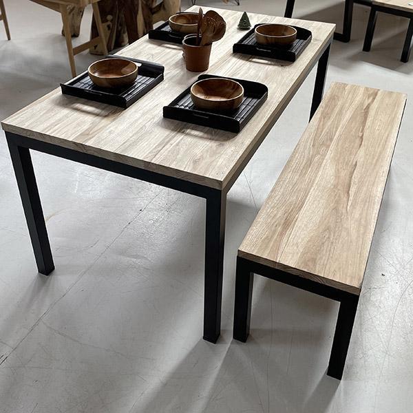 TABLE TROPIQUES